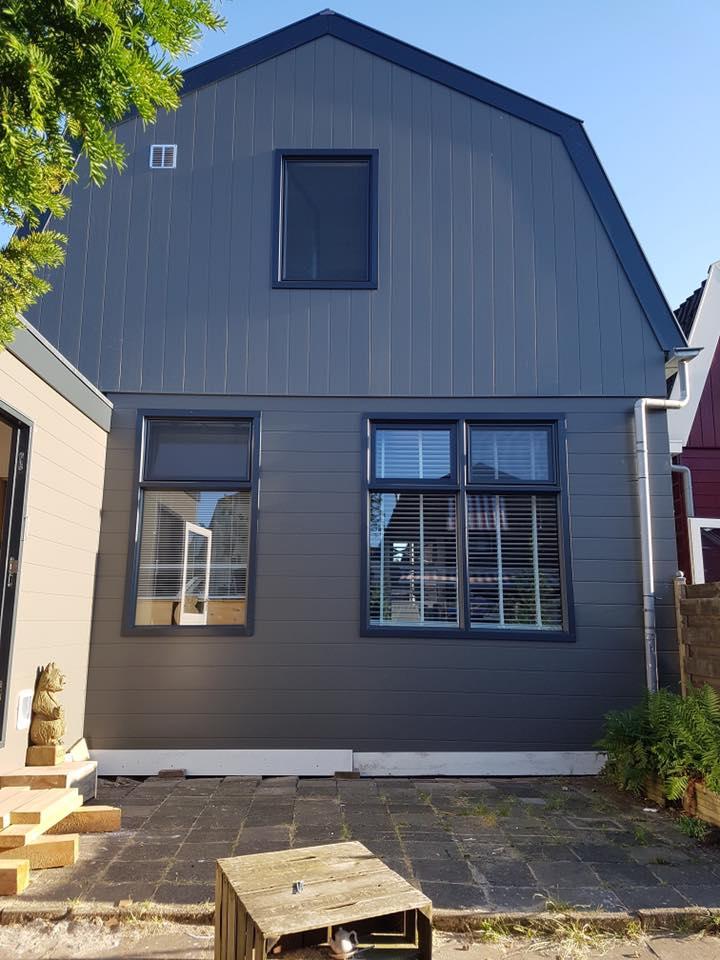 Aanblik wormerveer - renovatie Zaans huisje - gevelbekleding zaanstreek