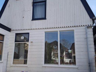 Aanblik Aanblik Wormerveer - renovatie Zaans huisje - gevelbekleding zaanstreek