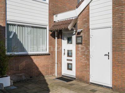 Aanblik Wormerveer - Kunststof kozijnen - Keralit gevelbekleding Witte kunststof voordeur Koog aan de Zaan